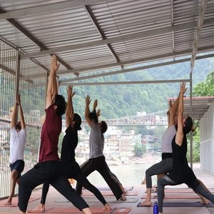 50 Hour Yoga Teacher Training In Rishikesh, India